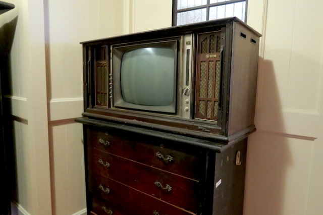 An antique television found in Sin Hong Chuun Tea House